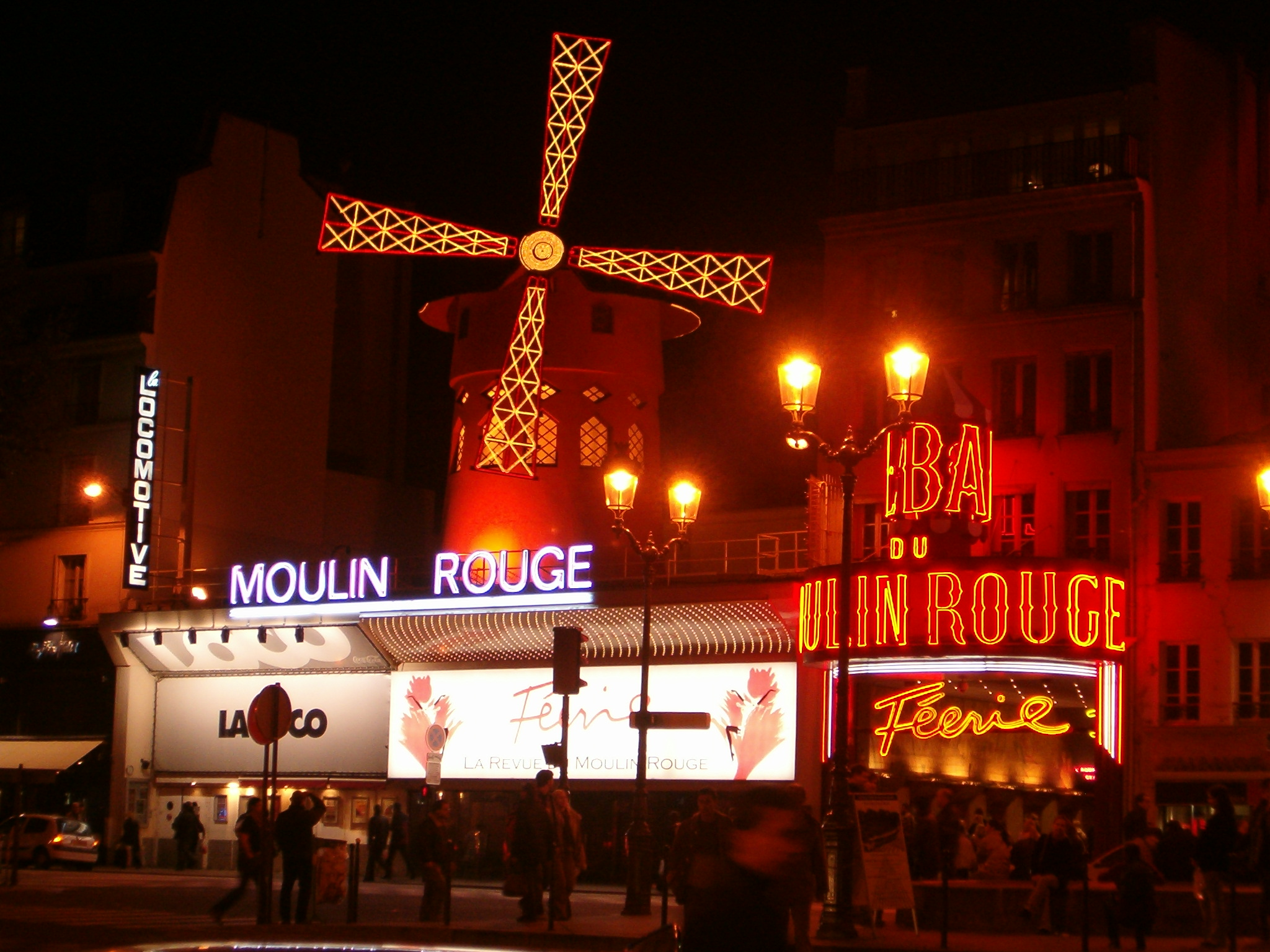 http://onechroniqueshow.com/wp-content/uploads/2013/01/Moulin-Rouge.jpg